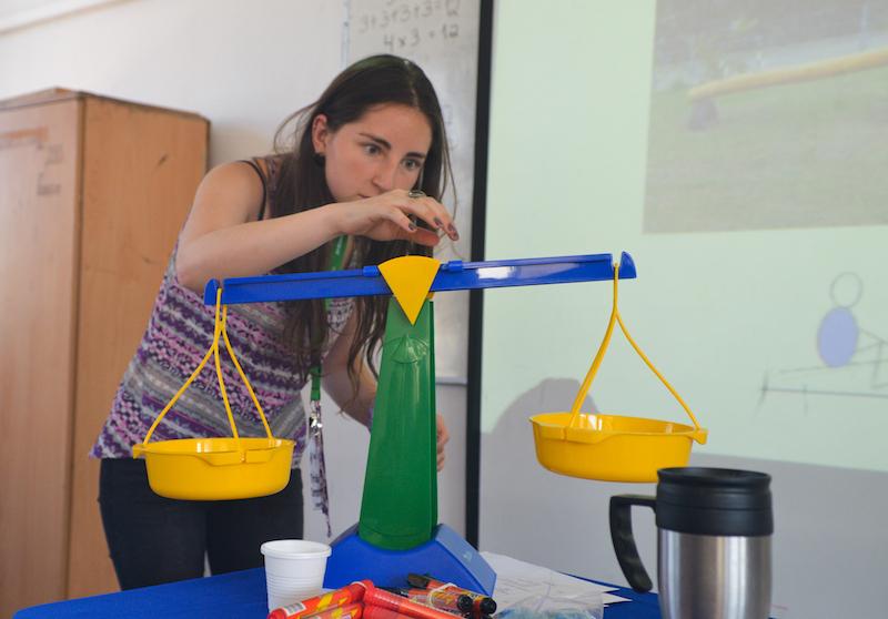 Videos clase a clase de Lenguaje y Comunicación, Matemática, Historia y Ciencias,